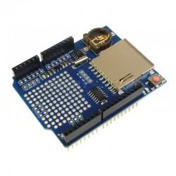 Integrovaný RTC čip a stabilizátor napětí na  3.3 VDC